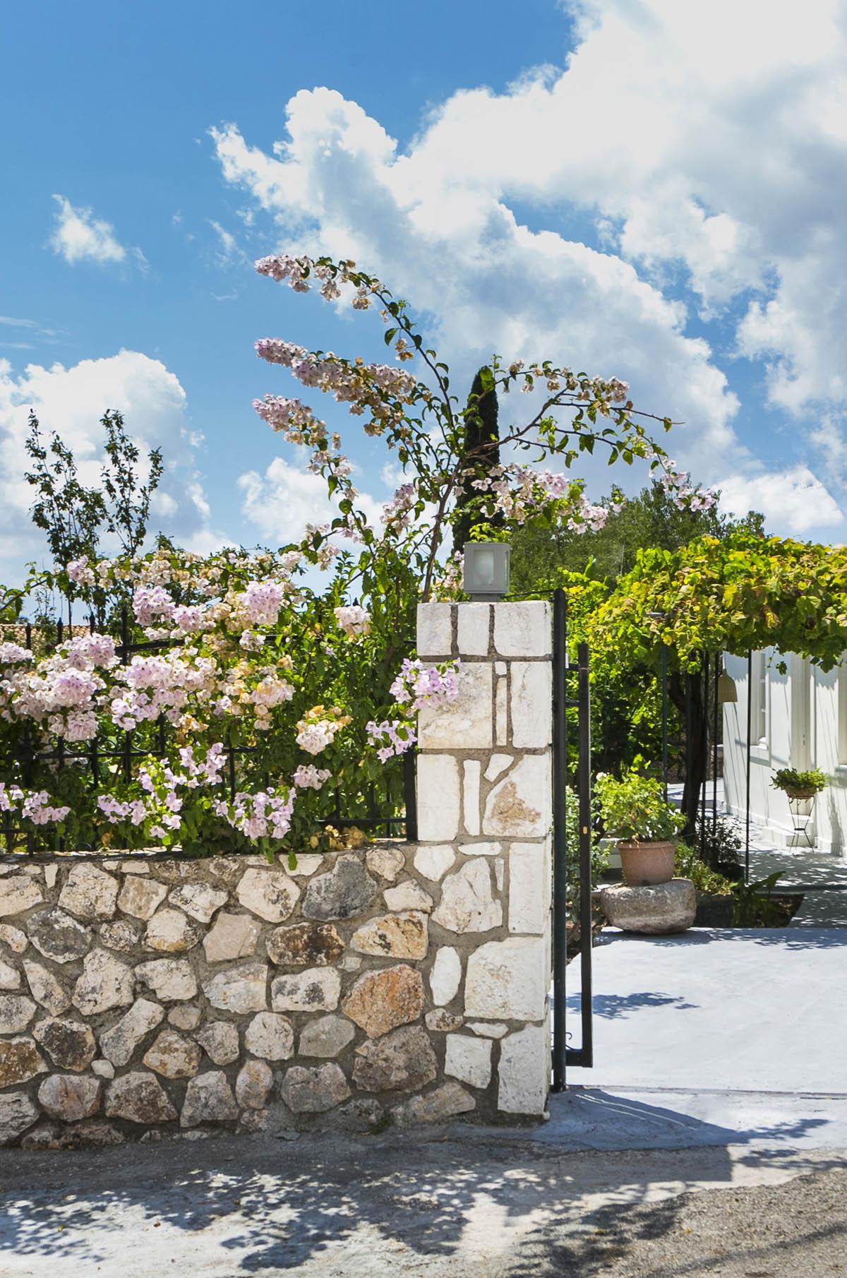 Bohemian Villa Kefalonia 6